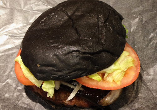 Kuro (Black) Burger
