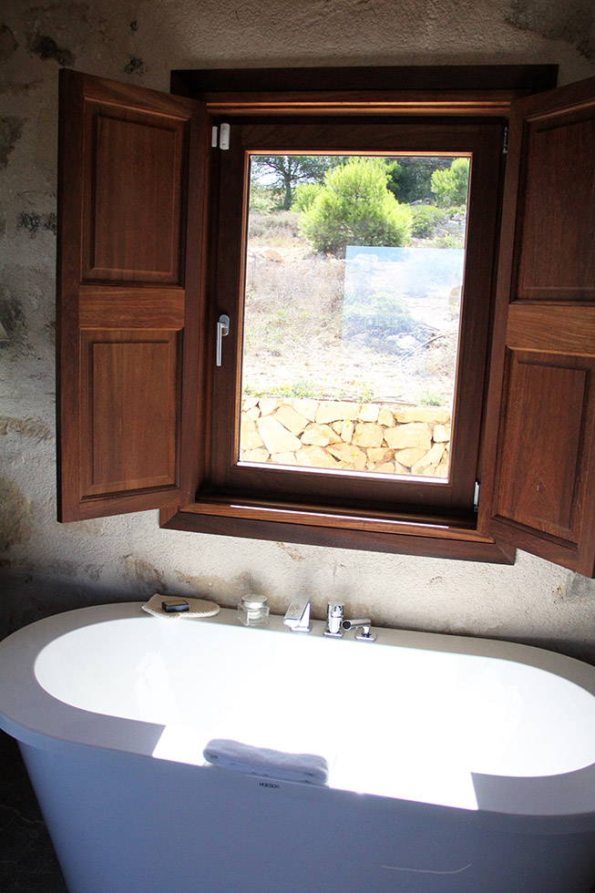 Cap Rocat: Bathroom In Villa 91 | Palma De Majorca, Spain
