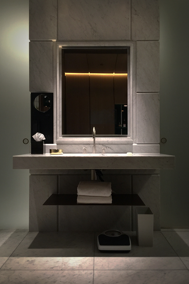 Hotel Cafe Royal vanity area | London, England