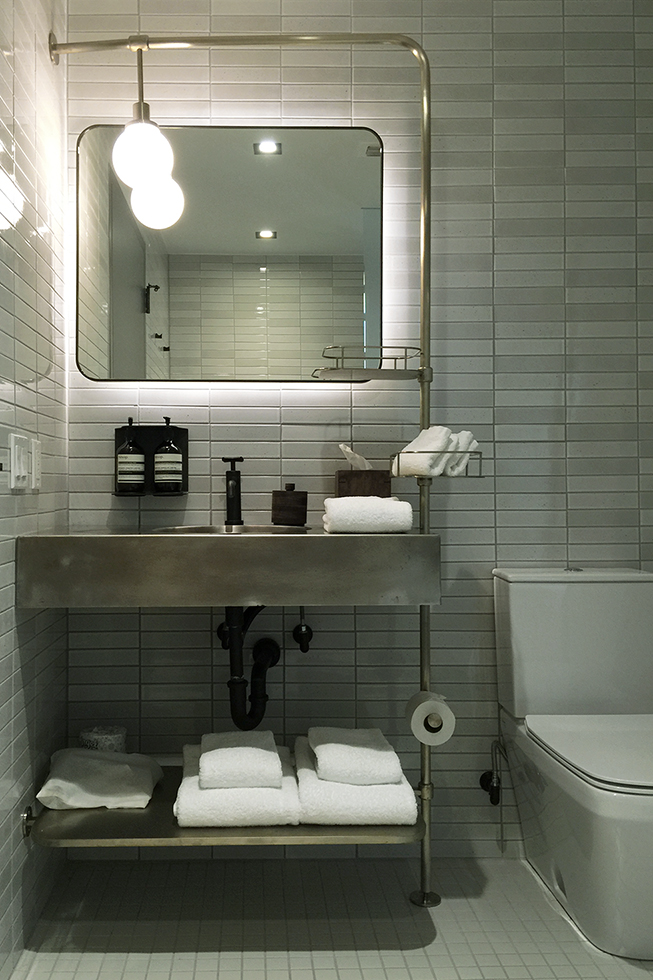 South Congress Hotel bathroom | Austin, Texas