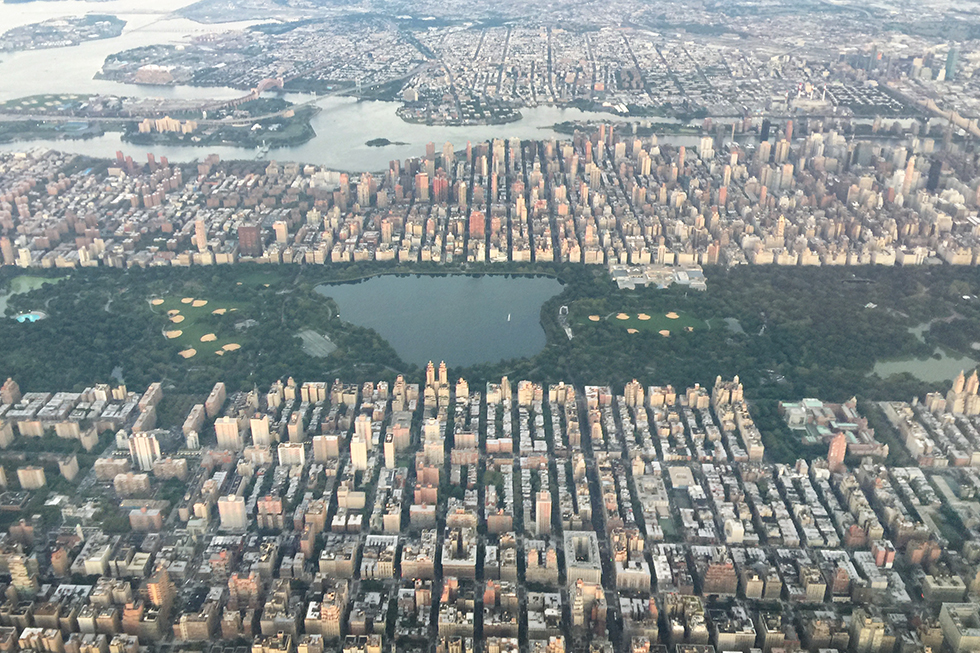 Jetting over Manhattan | In the Air